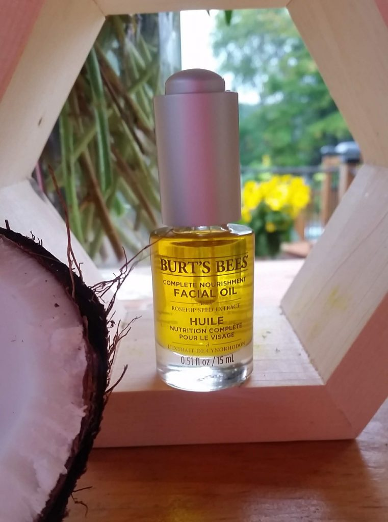 Burts Bees facial oil